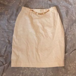 White above knee skirt